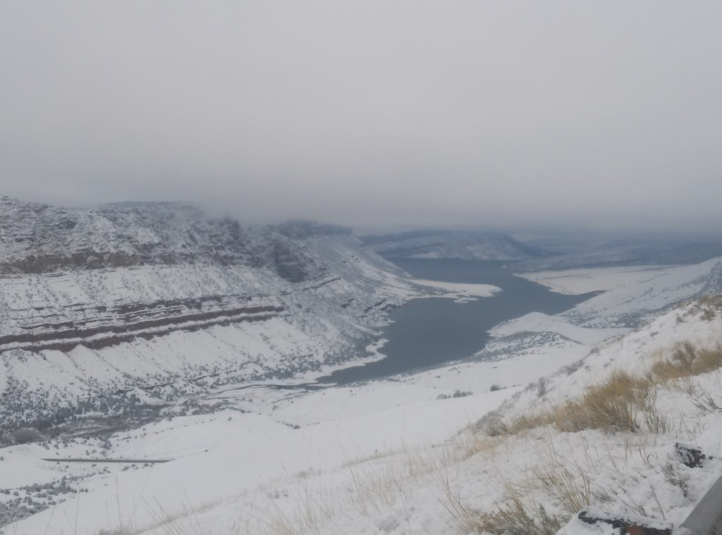 Gorge Snow April 2015