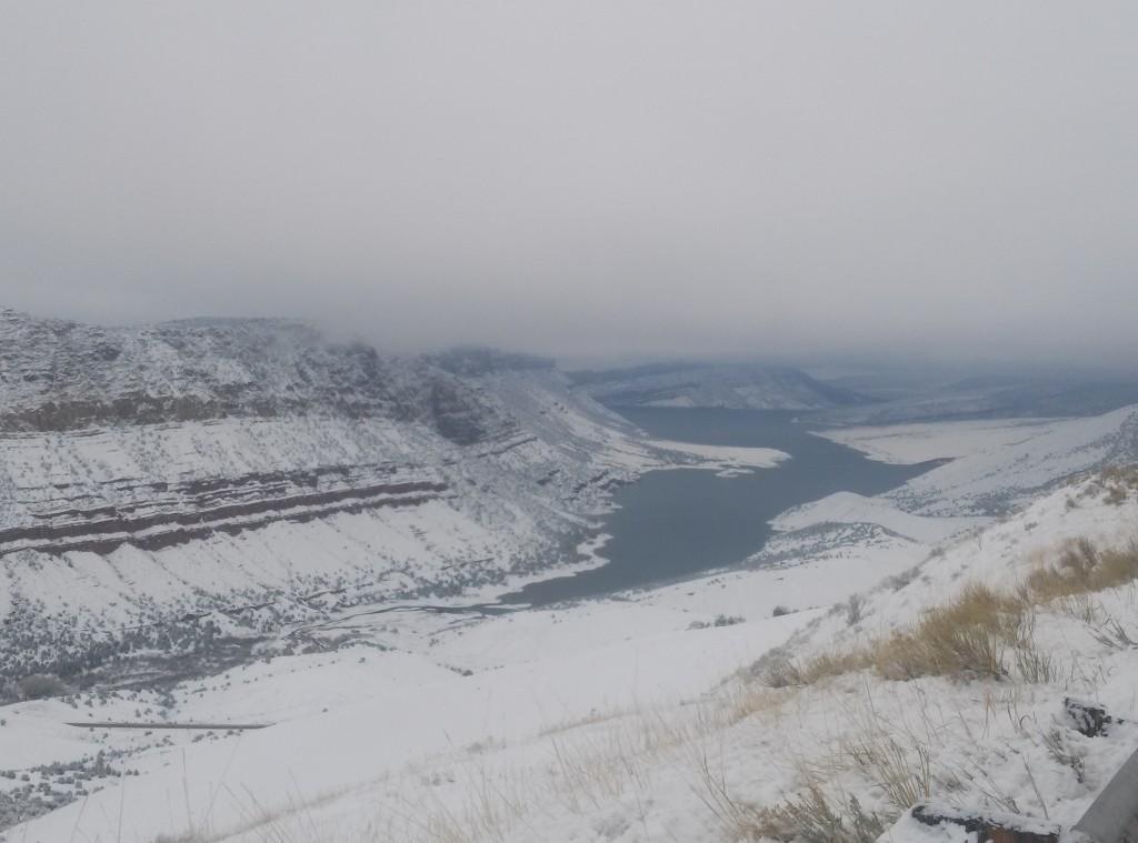 Gorge Snow April 2015